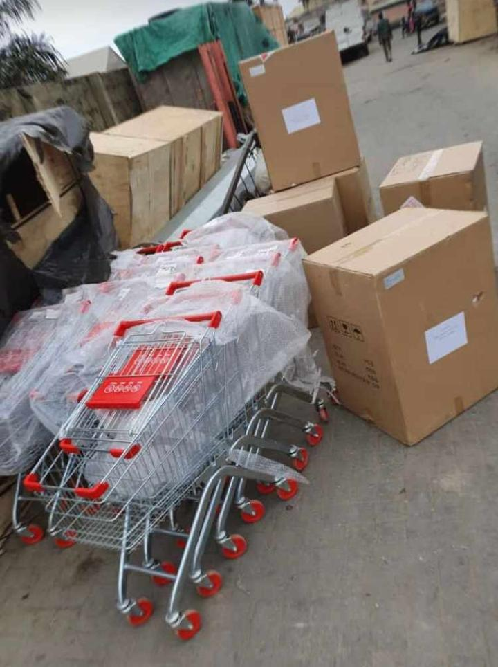 supermarket shopping trolley 45k neg